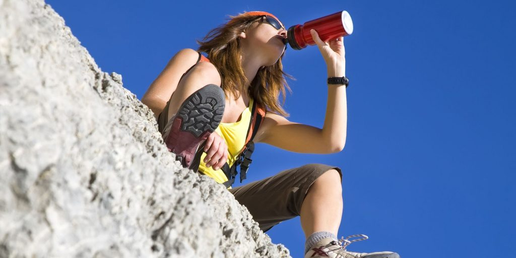 pic-2000x1000-Hiker-DrinkingWater-01